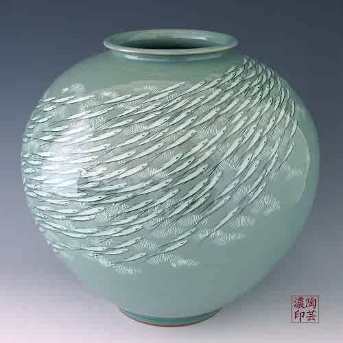Korean Celadon Glaze Inlaid White Fish Design Green Porcelain Ceramic Inlay Pottery Kitchen Home Decor Decorative Round Globe Jar