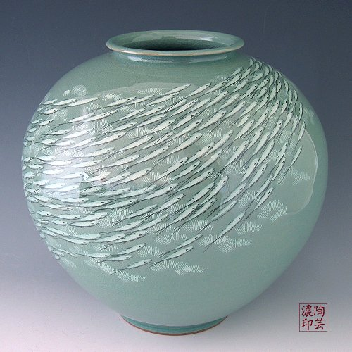 Korean Celadon Glaze Inlaid White Fish Design Green Porcelain Ceramic Inlay Pottery Kitchen Home Decor Decorative Round Globe Jar