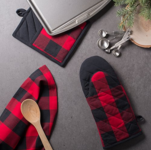 DII Cotton Buffalo Check Plaid Dish Towels, (20x30'', Set of 3) Monogrammable Oversized Kitchen Towels for Drying, Cleaning, Cooking, & Baking - Red & Black by DII (Image #6)