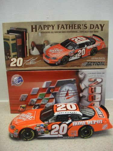 (Tony Stewart #20 2004 Monte Carlo Happy Fathers Day Home Depot 1/24 Scale Action Racing Collectables Hood Opens Trunk Opens)