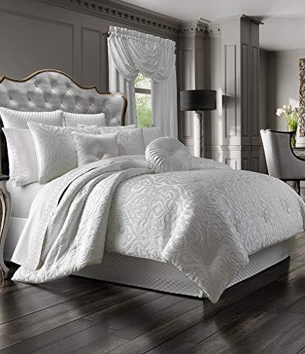 J. Queen New York Astoria Damask King Comforter Set in White