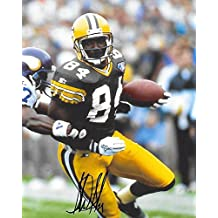 Sterling Sharpe, Green Bay Packers, Signed ,Autographed, 8x10 Football Photo, A Coa with the proof photo of Sterling signing will be included,