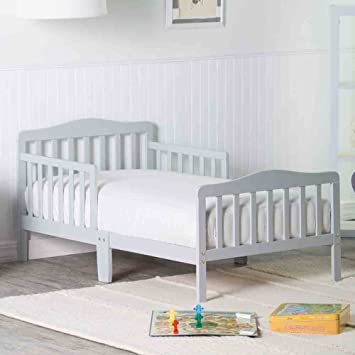 Amazon Com Orbelle Contemporary Safe Solid Wood Toddler Bed