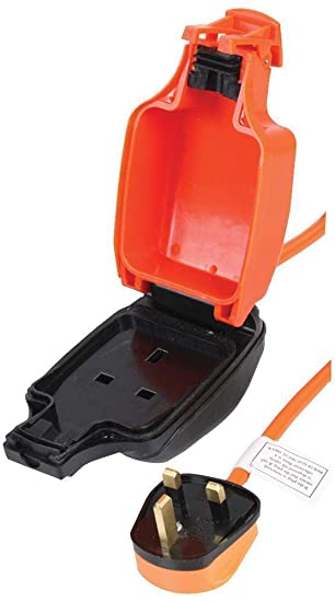 Extension Lead Cable Outdoor Garden 15M Waterproof Socket Portable IP54 BS1363//2