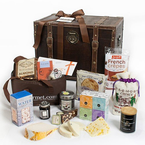 Gourmet Treasures for Her Gift Trunk (5.2 pound) by igourmet