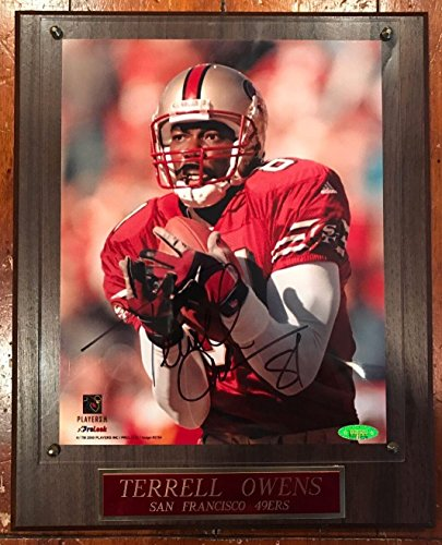 Terrell Owens 8x10 Photo (Terrell Owens Autographed Photo - 8x10 Plaque SF TSP - Tristar Productions Certified - Autographed NFL Photos)