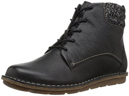 Clarks Women's Tamitha Rose Boot, Black Leather, 7.5 M US