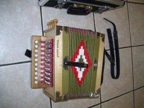 Maestro New Zydeco Cajun Button Box Accordion, 10 key 2 Bass