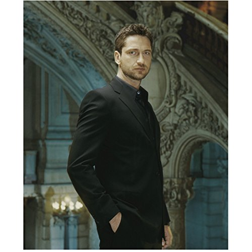 (Gerard Butler 8x10 Photo 300 How to Train Your Dragon P.S. I Love You in All Black Suit in Foyer Pose 2 kn)