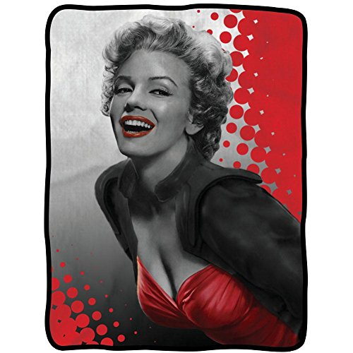 Marilyn Monroe Red Lips Smile Fleece Blanket (Marilyn Monroe White Dress Pattern)
