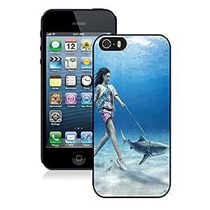 Individual Iphone 5s Case Beauty Girl Walks Shark Soft TPU Black Phone Cover for Iphone 5