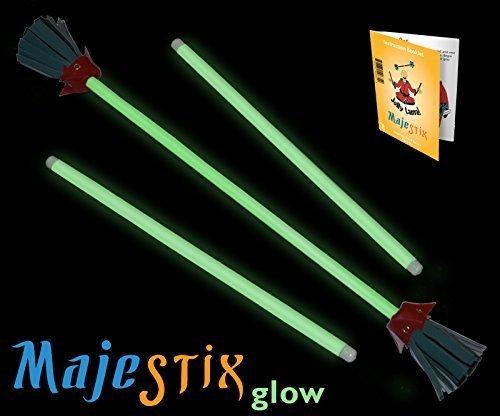 Majestix Glow in the Dark Juggling Devil Sticks by Jolly Lama! (Image #5)
