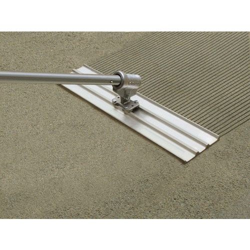 Kraft Tool CC792-01 24-Inch by 8-Inch Multi-Track Bull Float Groover 3/4-Inch Spacing without Bracket