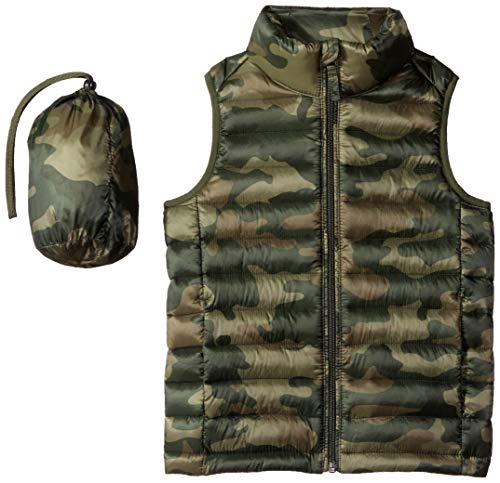 Amazon Essentials Boys' Lightweight Water-Resistant Packable Puffer Vest, Camo Print, Small ()