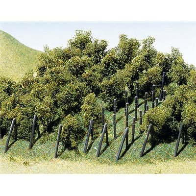 Faller 181490 Vines with poles 3cm H/N 36/Scenery and Accessories