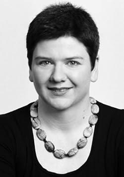 Angela Leinen