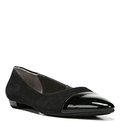 LifeStride Women's Zedd Black Flat 6 M ...