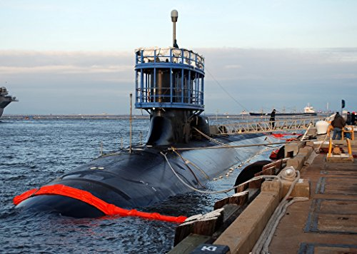Home Comforts The Virginia-class attack submarine Pre-Commissioning Unit (PCU) Mexico (SSN 779) is moored at N