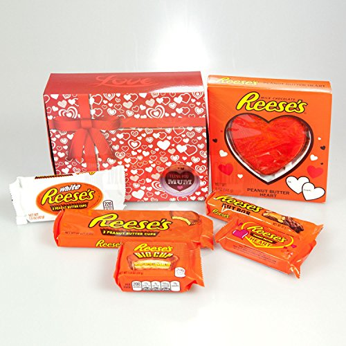 Reese's Mums Gift Box - By Moreton Gifts - Hearts, White Cup, 3 Cups, Nut Bar, Big Cup