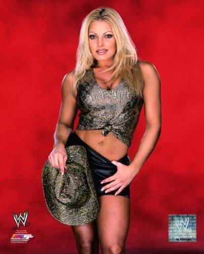 Trish Stratus - WWE 8x10 Glossy Photo (red background) (Stratus Trish Wrestling)