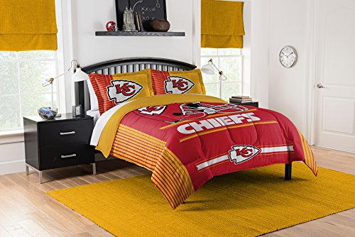 Officially Licensed NFL Kansas City Chiefs Safety Full/Queen Comforter and 2 Sham Set (City Bedding Kansas Chiefs)