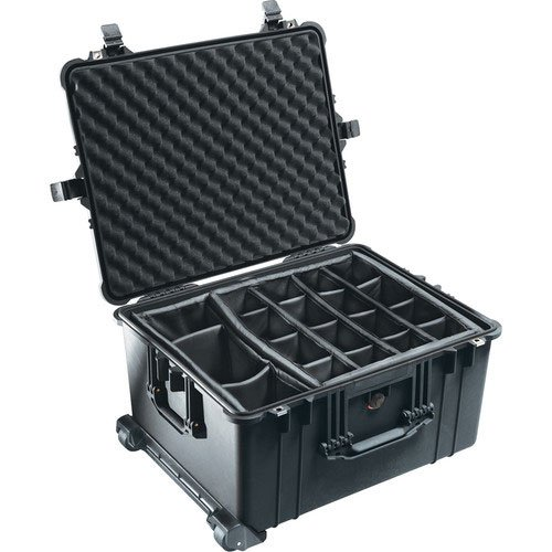 Pelican 1620 Rolling Hard Case with Padded Dividers (Black)