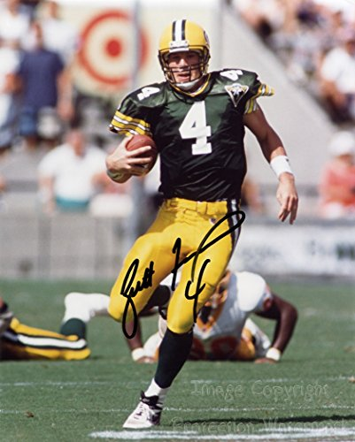 Brett Farve Green Bay Packers Football Signed Autographed 8x10 Inch Photo (Green Autographed Photo)