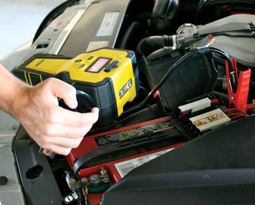STANLEY Ll1000 Li-Ion Battery Jump Starter by STANLEY (Image #3)