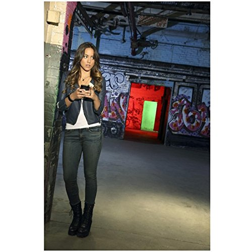 Agents of S.H.I.E.L.D. 8 x 10 Photo Chloe Bennet/Skye White Tee Leather Jacket Jeans Leaning Long Legs kn