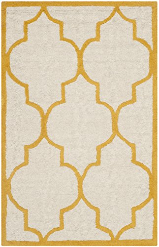 Ivory Gold Area Rugs (Safavieh Cambridge Collection CAM134U Handcrafted Moroccan Geometric Ivory and Gold Premium Wool Area Rug (3' x 5'))
