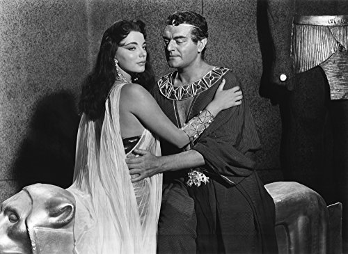 Posterazzi Land of The Pharaohs from Left Joan Collins Jack Hawkins 1955 Photo Poster Print (14 x 11) Varies