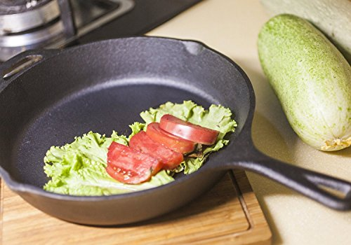 12.5 Inch Pre-Seasoned Cast Iron Skillet with Silicone Handle - Utopia Kitchen by Utopia Kitchen (Image #6)