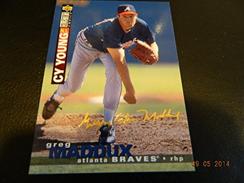 Greg Maddux 1995 Upper Deck Collectors Choice Gold Signature #67 Insert Mint