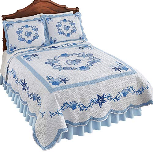 Collections Etc Blue and White Seashell Garland Quilt with Scalloped Edges - Seasonal Beach Décor for Bedroom, Blue, King (Garland Winston)