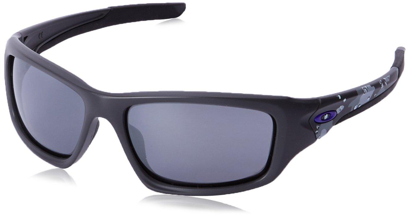 Oakley Men's Valve Rectangular Sunglasses, Carbon, 60 mm by Oakley