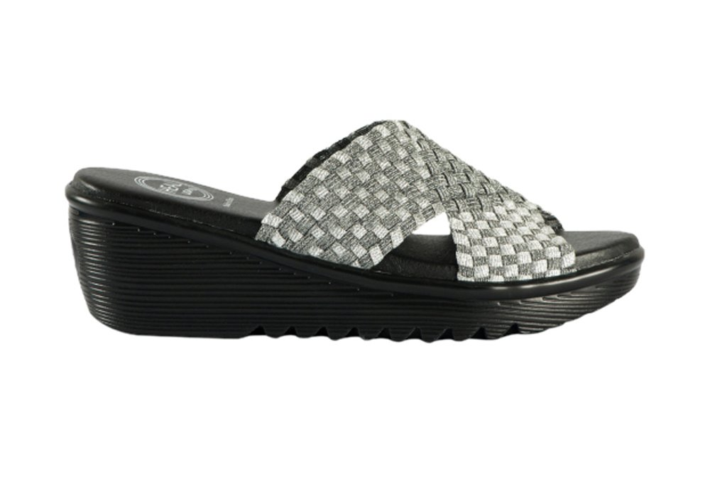 Heal USA Women's Ada Wedge Sandals Cross Brand Black Outsole B0178KQFIU 6 B(M) US|Silver