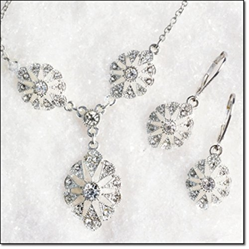 Stunning Heirloom Necklace and Earring Gift Set - Silver Tone - Avon Silver Tone Necklace