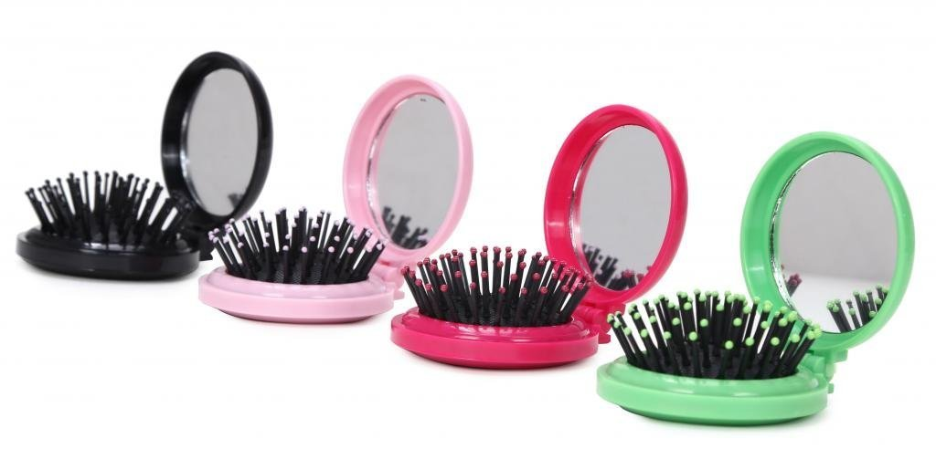 ba82270b88eb LOUISE MAELYS 4pcs Round Folding Pocket Hair Brush Mini Hair Comb with Makeup  Mirror for Travel