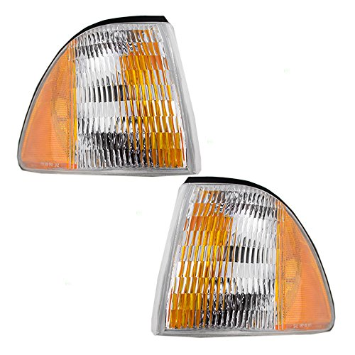 (Driver and Passenger Corner Signal Side Marker Lights Replacement for Ford E7ZZ15A201B E7ZZ15A201A AutoAndArt )