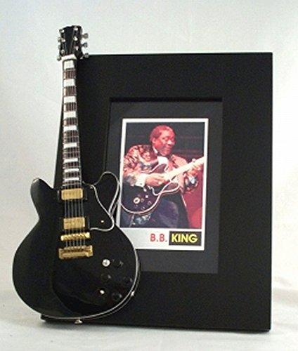 BB KING miniatura Marco de la guitarra Imagen LUCILLE: Amazon.es ...