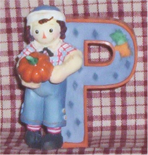 Raggedy Ann and Andy - P Is For Pumpkin. Decorative letter.