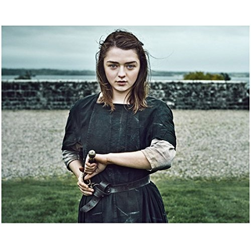 game-of-thrones-maisie-williams-as-arya-stark-drawing-needle-8-x-10-inch-photo