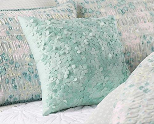 LC Lauren Conrad Bouquet Laser-Cut Throw Pillow, Teal ()