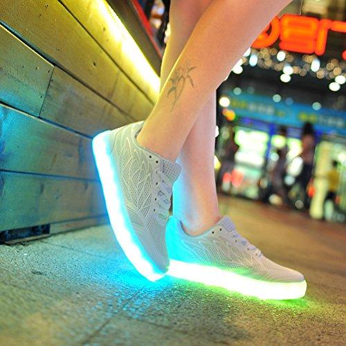 O & N Kvinna Barn Flickor Mesh Andas Tänds Skor 7 Färger Ledde Skor Usb-laddning Blinkande Sneakers Vit