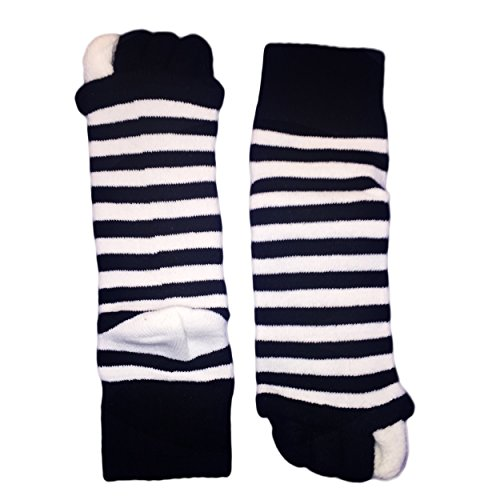 Moja Sports (Black/White, 1Pair) Toes Alignment Socks Open Five Toe Separator Spacer Relaxing Comfort Tendon Pain Relief Comfy Foot Sock Yoga Gym Pedicure (Black/White : 1 Pair, Medium) by Moja Sports (Image #5)