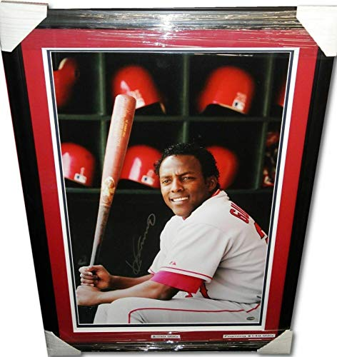 Autographed Vladimir Guerrero Photograph - with