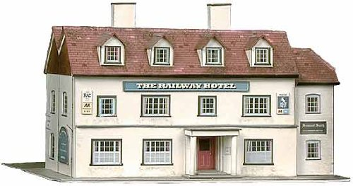 B33 Superquick Railway Hotel - 1/72 OO/HO - Card Model Kit by Superquick