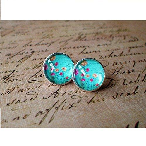 Ju Ju Ladybug (Flirting -- plant flora stud earring ,Beautiful gift for her)