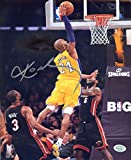 Kobe Bryant Los Angeles Lakers Signed Autographed 8 x 10 Dunking Photo