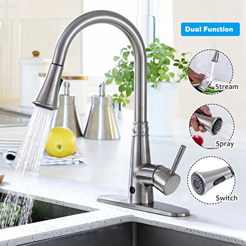 Giantex Pull-Down Kitchen Faucet Motion Sense Touchless Dual Sprayer Single Handle Hot Cold Water Mixer Rotatable High Arc (Metal Wire-Drawing) (Faucet Kitchen Sensor)